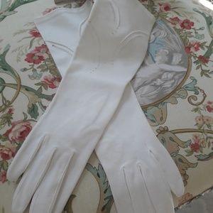 VTG UNWORN WHITE COTTON DRESS GLOVES!
